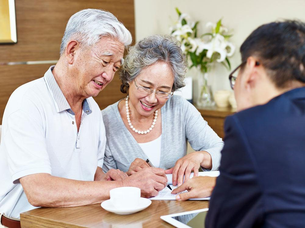 Insurance Agent with Couple